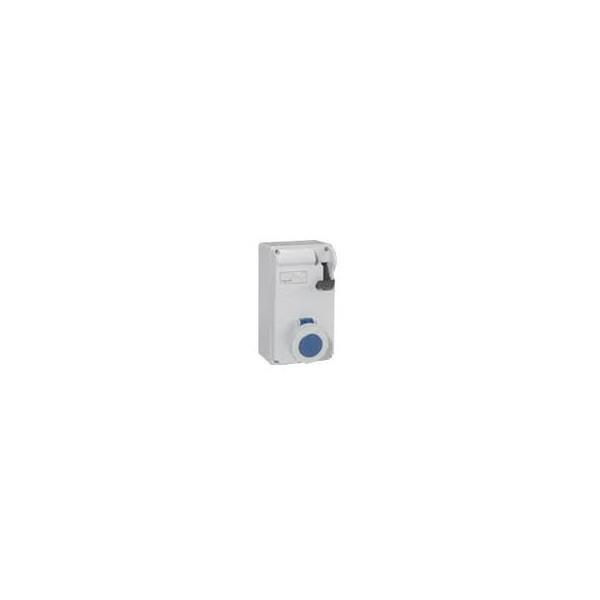 COMB.ENCL.2P+T 16A 230V IP55