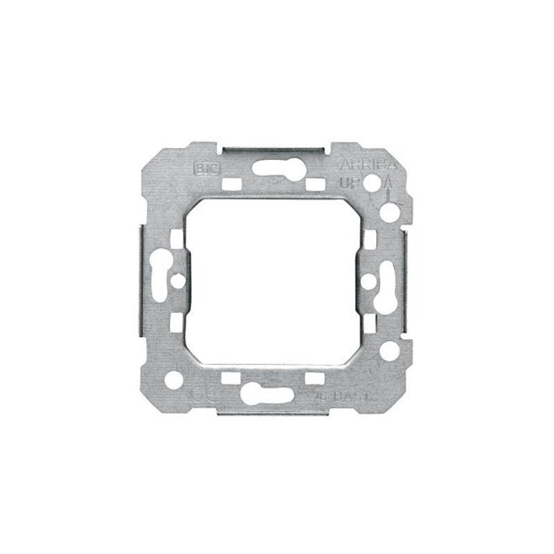 Interruptores y Enchufes por marca BJC Bastidor metálico BJC series Sol y Coral 16-BAST