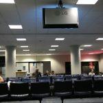 Iluminación con Paneles Led en Sala Conferencia en Qmadis