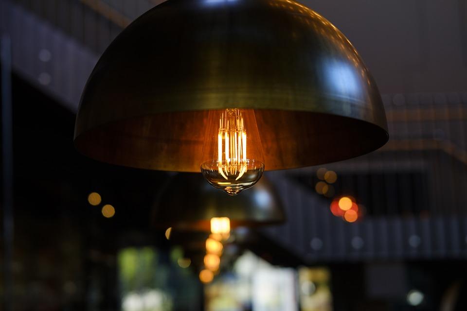 Lámpara con bombilla Led estilo vintage en Qmadis