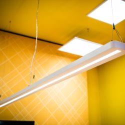 Iluminación Oficina con eficiente Panel IndiviLED de Ledvance en Qmadis