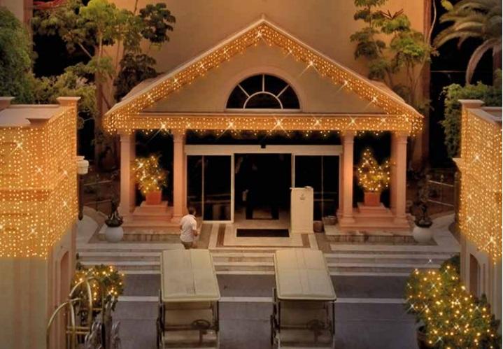 Iluminación con luces de navidad Led en Tienda Qmadis