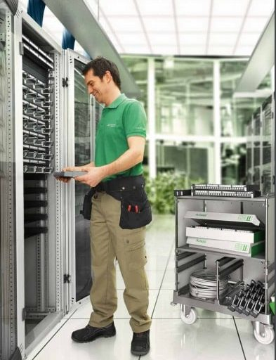 Sistema de conectividad de Voz y Datos Actassi de Schneider Electric