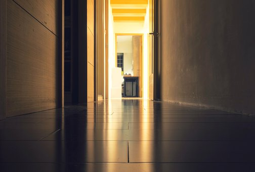 hallway-1845733__340