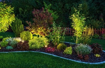 pinchos luz jardin