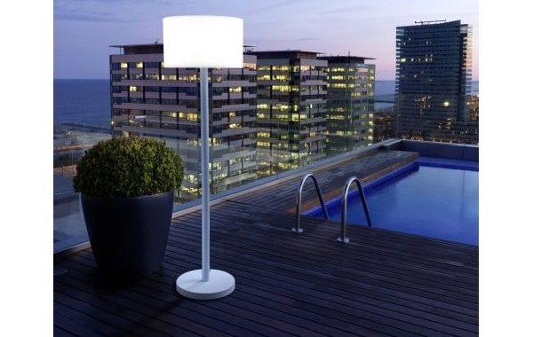 Jardín chill out con lámparas de exterior. Ideas, y tips.