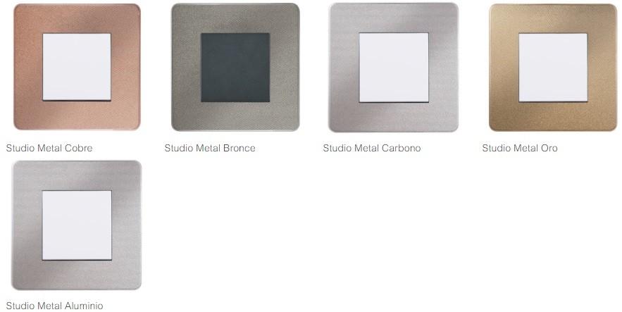 New Unica Studio Metal Schneider Electric en Qmadis