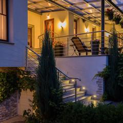 Iluminación Led exterior fachada y jardín