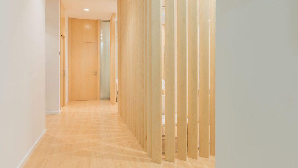 IIluminación pasillo con empotrable Lex Eco de Arkoslight en Qmadis
